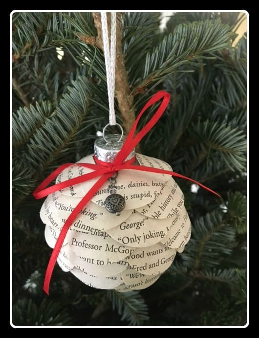 Harry Potter Christmas ornament made from scallops copied from a Harry Potter book.